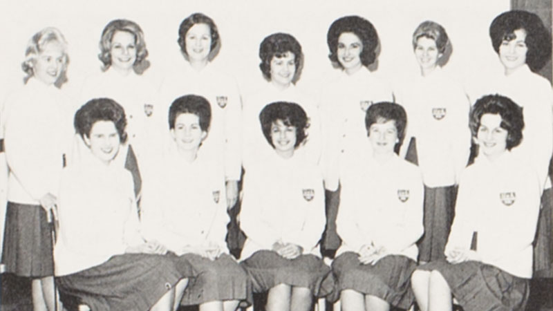 Picture from the 1963 Corolla, Vol. 71 on Crimson Girls