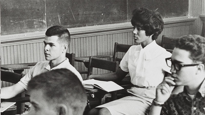 Vivian Malone and other student in a classroom.